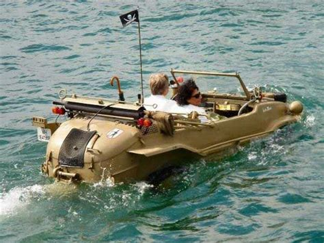 weird boats funny weird and unusual boats transportation pinterest