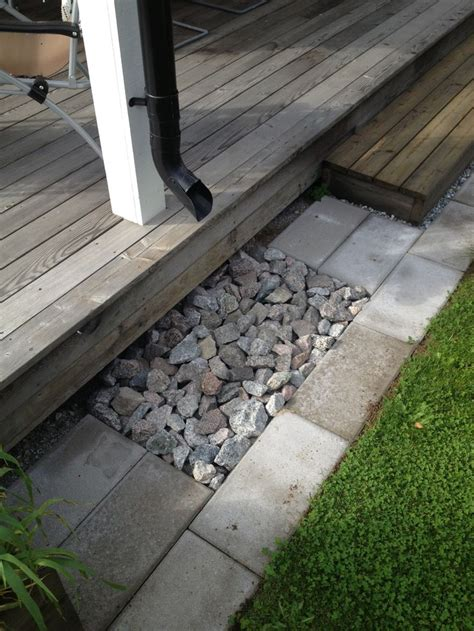 Patio Drainage Ideas by 25 Best Ideas About Drain On