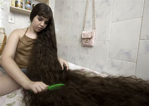 women with longest pubic hairs 12 year old girl with long hair