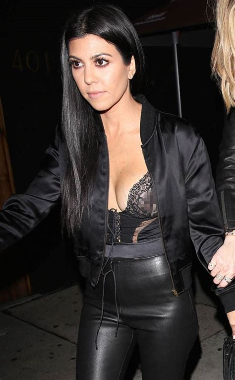 Mam Niple Uk X kourtney shows a bit much skin at kendall