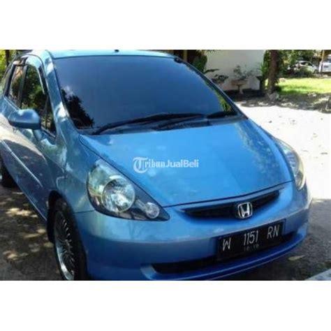 Tv Mobil Jawa Timur mobil honda jazz second tahun 2004 biru metalik matic
