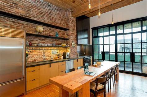 cuisine en brique mur briques expos 233 es dans la cuisine une tr 232 s id 233 e d 233 co