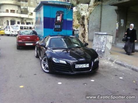 Audi Siria audi r8 spotted in damascus syria on 02 06 2011