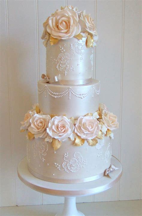 Amazing Cakes by Pretty Amazing Cakes