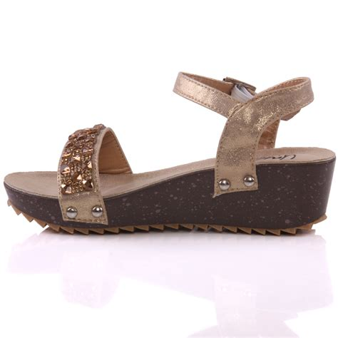 Sendal Wedges 13 Unze Acron Wedge Fashion Sandals Uk Size 1 13 Gold