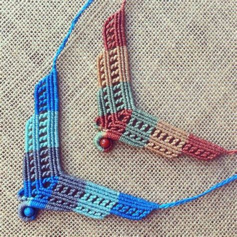 Macrame Techniques - collares macrame uses the header technique from the