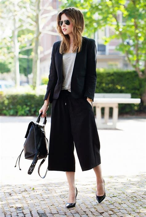 Biwlansa Plain Casual Culottes 9 style every working should follow black culottes black blazers and working