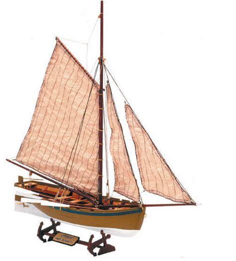 parts of a jolly boat artesania latina 1 25 h m s bounty s jolly boat 19004