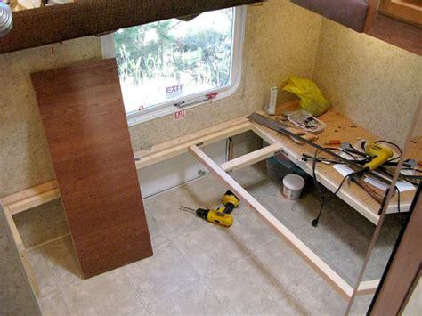 Travel Bunk Beds Diy Bunkhouse Fifth Wheel Workshop Remodel