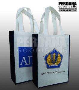 Tas Spunbond Gudy Goodie Bag Seminar Souvenir Murah Sablon goodie bag murah tas promosi seminar