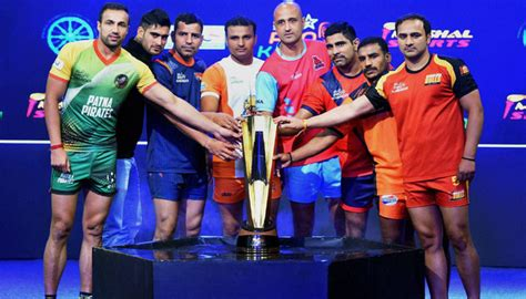 pro kabhdhi pleyr hair styles pro kabaddi league 15 players from services back to play