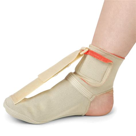 the nighttime plantar fasciitis therapy brace hammacher