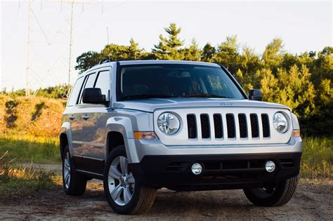 Jeep Patriot Reviews 2012 2012 Jeep Patriot Review Photo Gallery Autoblog