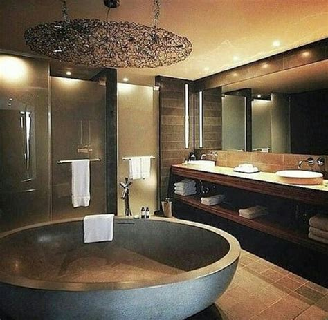 big bathroom company best 25 mansion bathrooms ideas on pinterest luxurious
