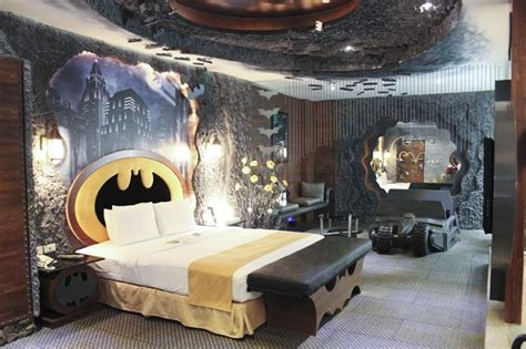 batman themed bedroom batman hotel room is awesome
