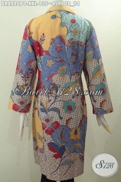 desain baju untuk wanita gemuk pakaian batik wanita gemuk dengan motif dan desain kerah
