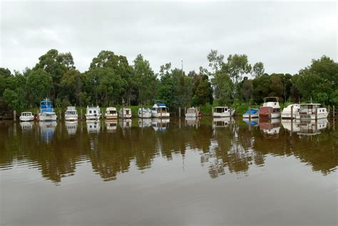 boats for sale around victoria mike carol s bushtracker adventures around australia