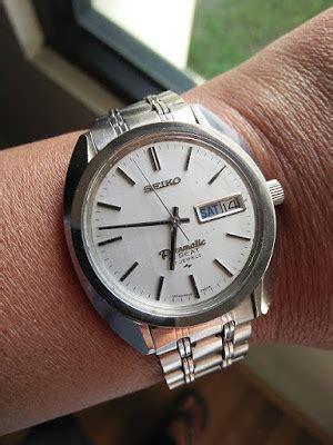 Claps Kotak Silver jam tangan kuno
