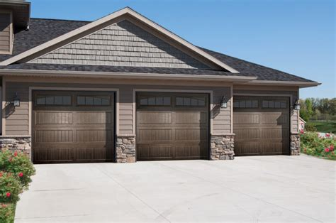 Affordable Garage Doors And Gates Upgrade The Garage With These 7 New Products Builder Magazine Garage Garages Tool Boxes
