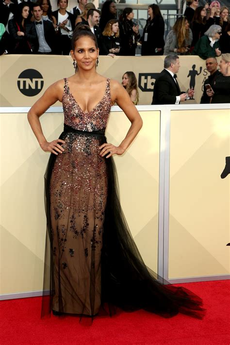 The Sag Award Goes To by Halle Berry 2018 Sag Awards In La