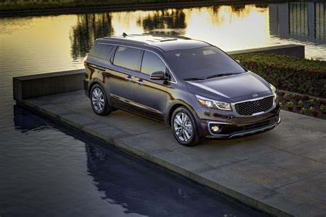 Kia Sedona New New Kia Sedona Minivan Is More Stylish And Family Friendly