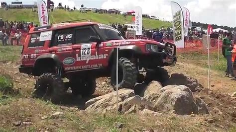 land rover racing extreme offroad trial race land rover discovery td5