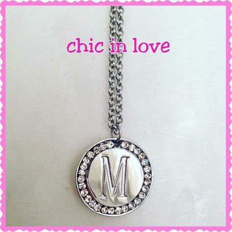 gioielli con lettere collana con lettera gioielli collane di chic in