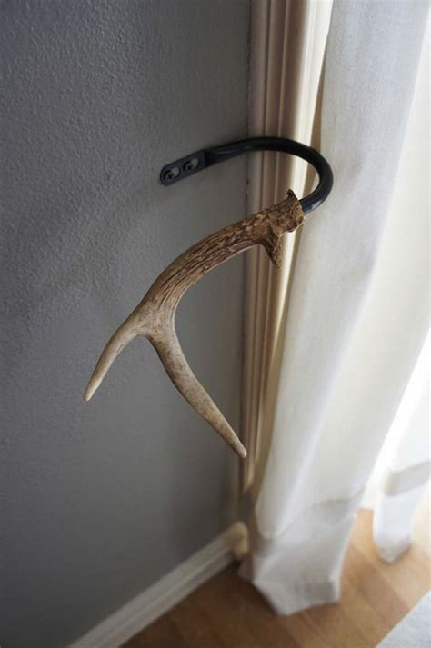 antler curtain tie backs 18 creative ways to decorate with antlers