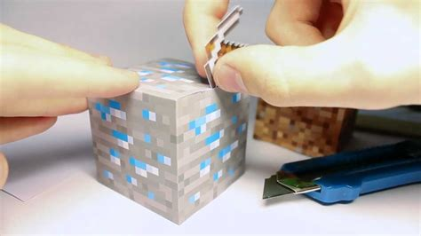 How To Make A Paper Block - geeky diy minecraft block cube from paper