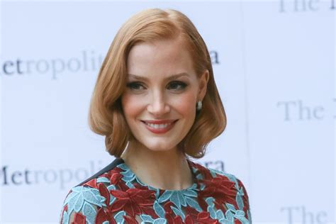 actress in commercial for realtor com jessica chastain is renting out her greenwich village