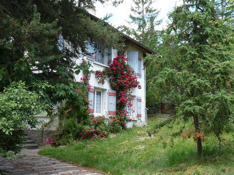 Photo à Le Monêtier les Bains (05220) : Dans le hameau du Villard Laté   Le Monêtier les Bains