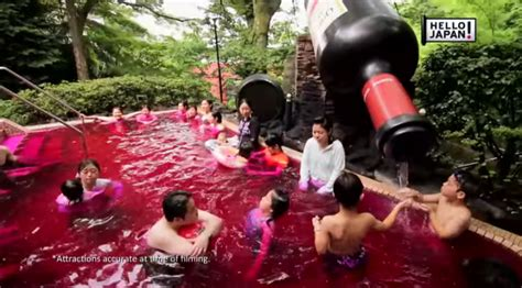 Teh Hijau Di Jepang spa di jepang ini menyediakan kolam kopi teh hijau untuk