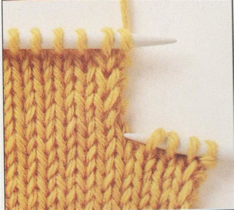 knitted buttonholes how to knit buttonholes learn how to make knitted buttonholes