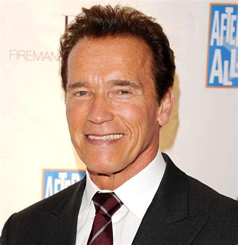 Kaos Terminator Arnold akankah arnold schwarzenegger kembali til di