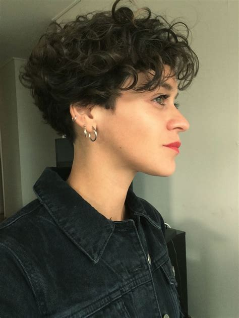 pixie curly hair products 107 best images about hair on pinterest short curly