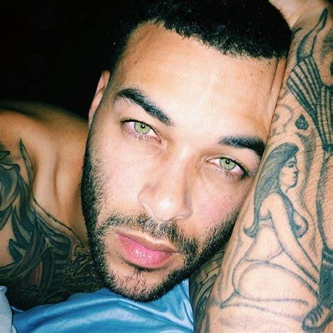 tattoo selfies instagram smoldering hot guys with tattoos popsugar love sex