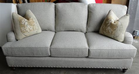 king hickory sofa prices chatham sofa king hickory chatham leather sofa catosfera