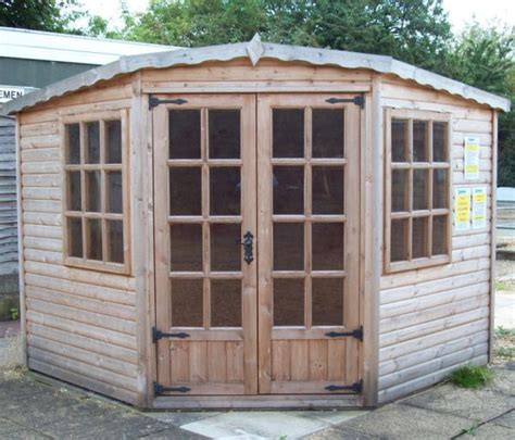 Garden Sheds Cambridge by Cambridge Sale Of Ex Display Summerhouses Sheds Log Cabins Offices Greenhouses Garages And