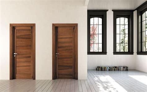 porte in legno massiccio porte in legno massello serramenti caratteristiche