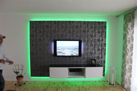 tv wand beleuchtet wand mit beleuchtung hause deko ideen
