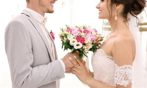 Brautkleider Ausschnitt by Brautkleid Mit Ausschnitt Was Ihn Ausmacht Und