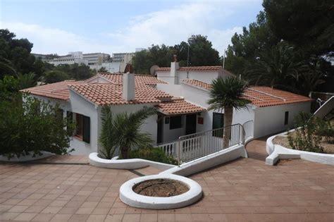 alquiler apartamento menorca apartamentos en menorca jard 237 n playa alquiler de