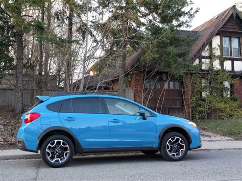subaru crosstrek 2016 road 2016 subaru crosstrek review road test carpages garage
