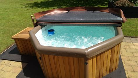 hot tubs the benefits of a hot tub mybktouch com