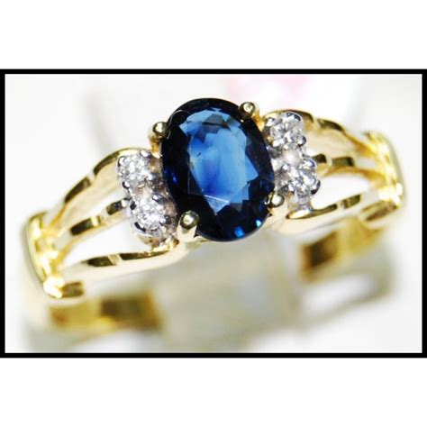 unique solitaire blue sapphire ring 18k yellow