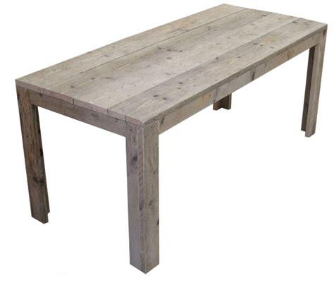 landelijke tafel zelf maken tafel van steigerhout doe het zelf voorbeeld van gratis