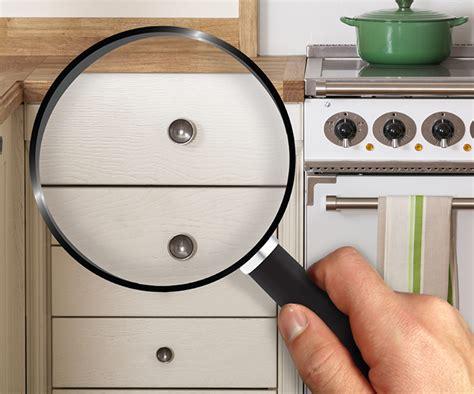 spotlight on knobs handles for solid oak kitchen