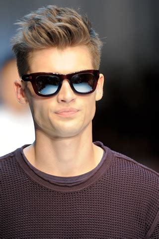 how to style a boys quiff mens hairstyles quiff men short hairstyle