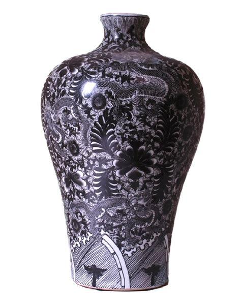 black and white meiping porcelain vase dessau