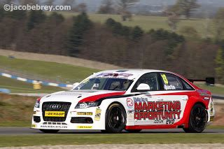 Audi A4 Weiß by Rob Racing With Two Audi A4 At Rockingham Audi